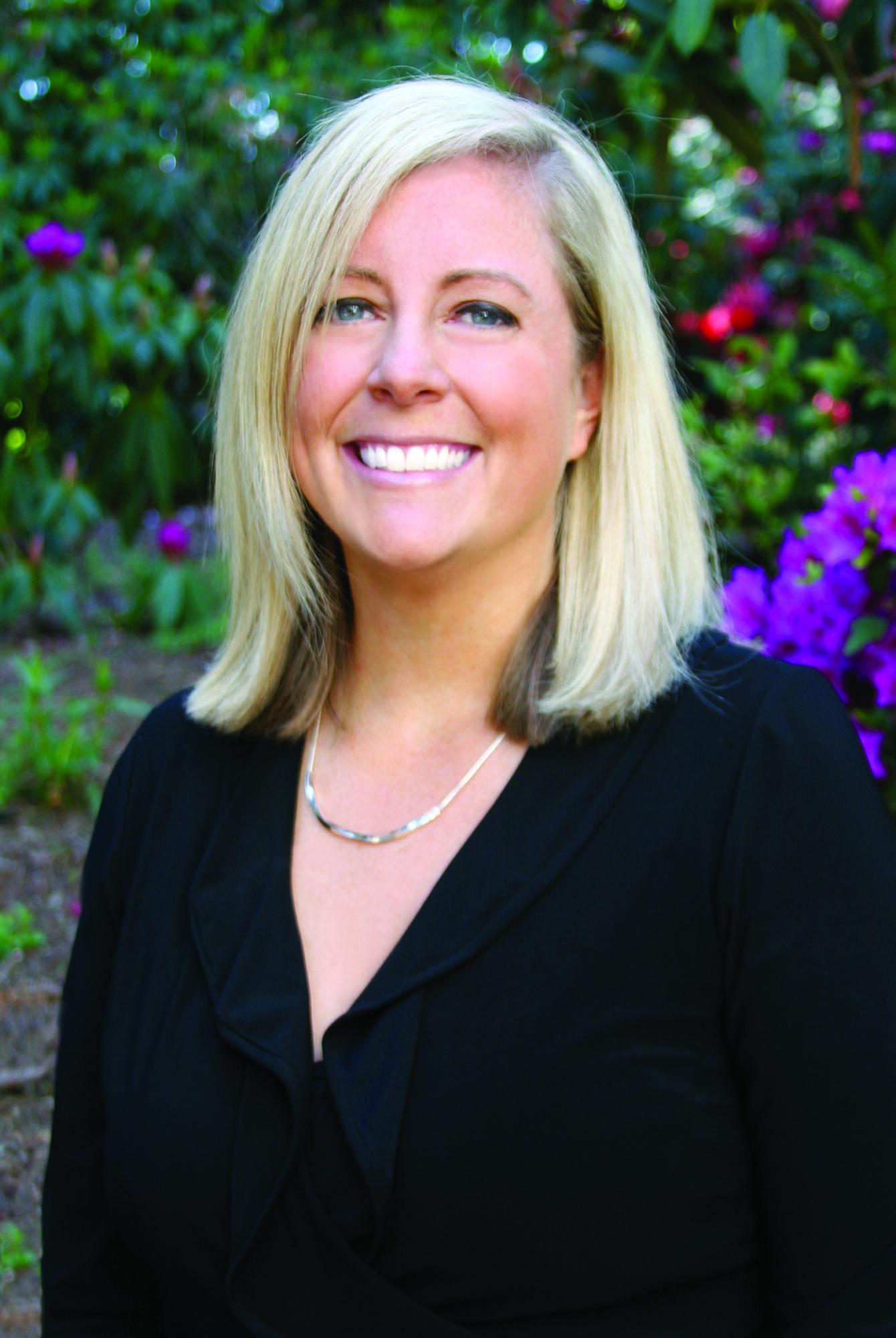 Stephanie Michael 32 Pearls Tacoma Dentistry